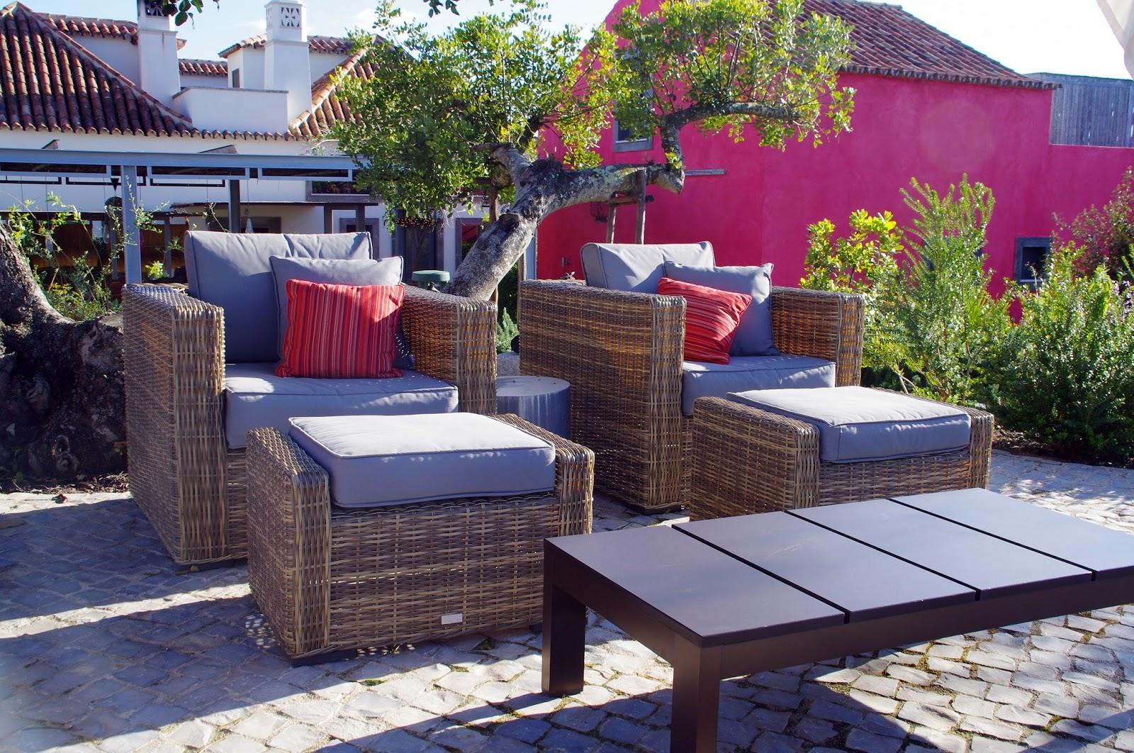 Fazenda Nova Country House Pool Seating