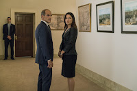 Neve Campbell and Michael Kelly in House of Cards Season 5 (8)