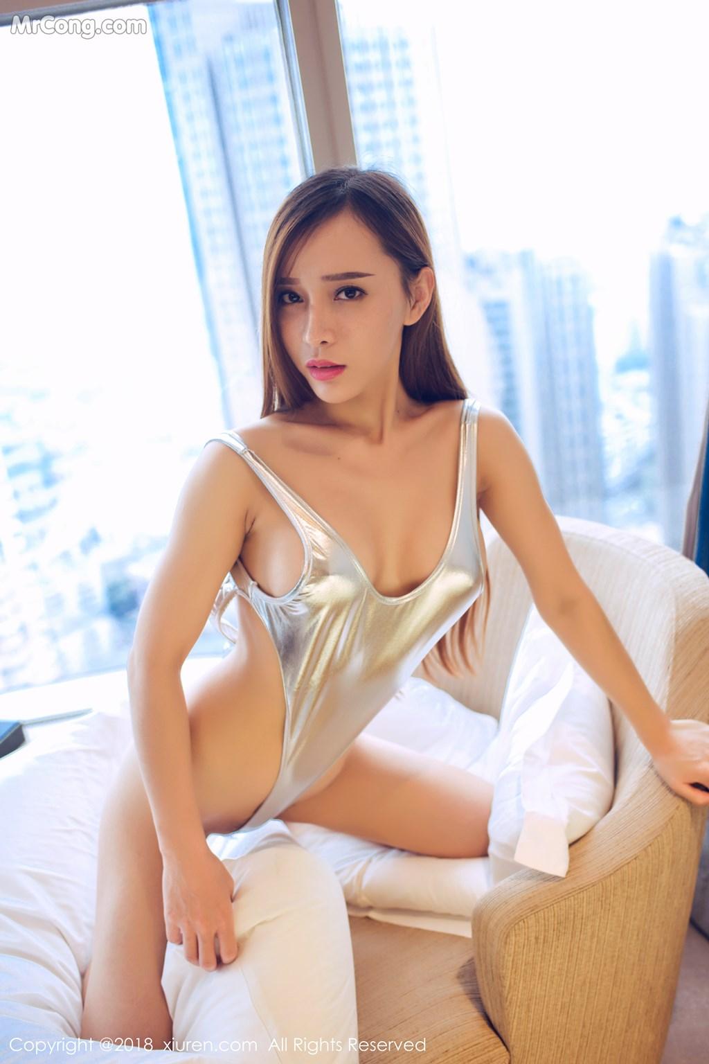 Image XIUREN-No.946-Ai-Xiao-Qing-MrCong.com-038 in post XIUREN No.946: Người mẫu Ai Xiao Qing (艾小青) (46 ảnh)
