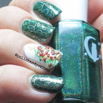 green holo and caviar beads  nail accent