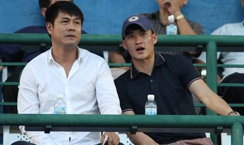 HLV Nguyễn Hữu Thắng đã từng gắn bó lâu năm với các cầu thủ của SLNA