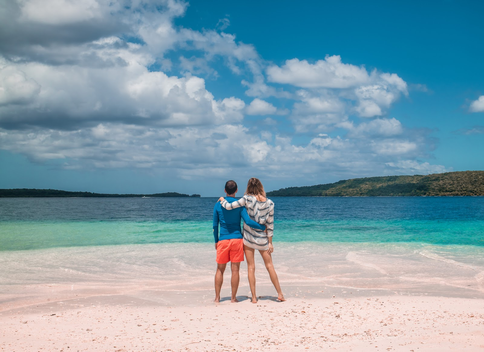 Beautiful beach and crystal clear water in Vanuatu | Alison Hutchinson