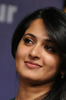 Anushka Shetty Beautiful Smile Close Up Photos