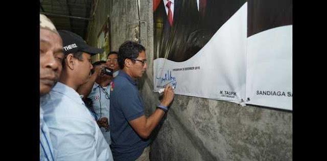 Sandi Resmikan Posko Pemenangan Di Kampung Halaman Jokowi