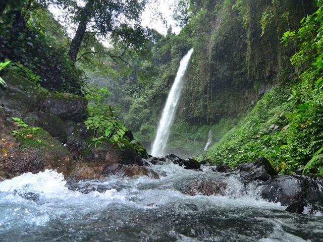 Destinasi Wisata Alam Untuk Keluarga di Air Terjun Lider Banyuwangi