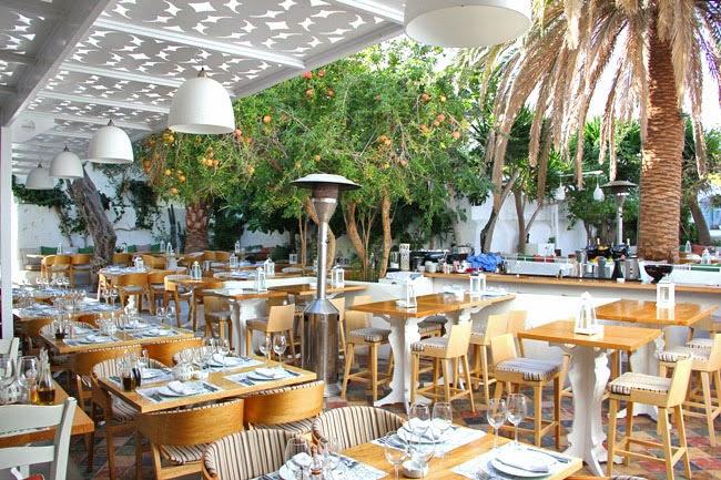 Mamalouka restaurant Mykonos