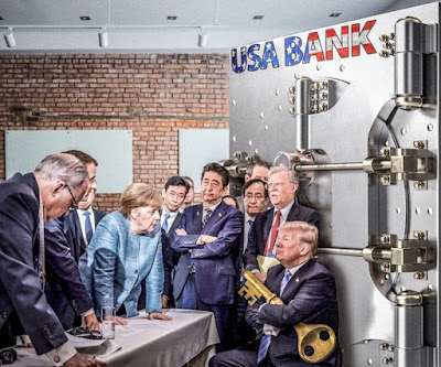 https://2.bp.blogspot.com/-l-w5Znfcg8w/Wx3Pl1WwePI/AAAAAAAAOHo/LvVzNlvOXM0TOO0_322vO780tBWRxJv4gCLcBGAs/s400/Trump%2Brejects%2Bpiggy%2Bbank.jpg