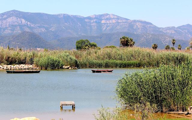 Barcas de pescadores en L'Estany de Cullera-Valencia