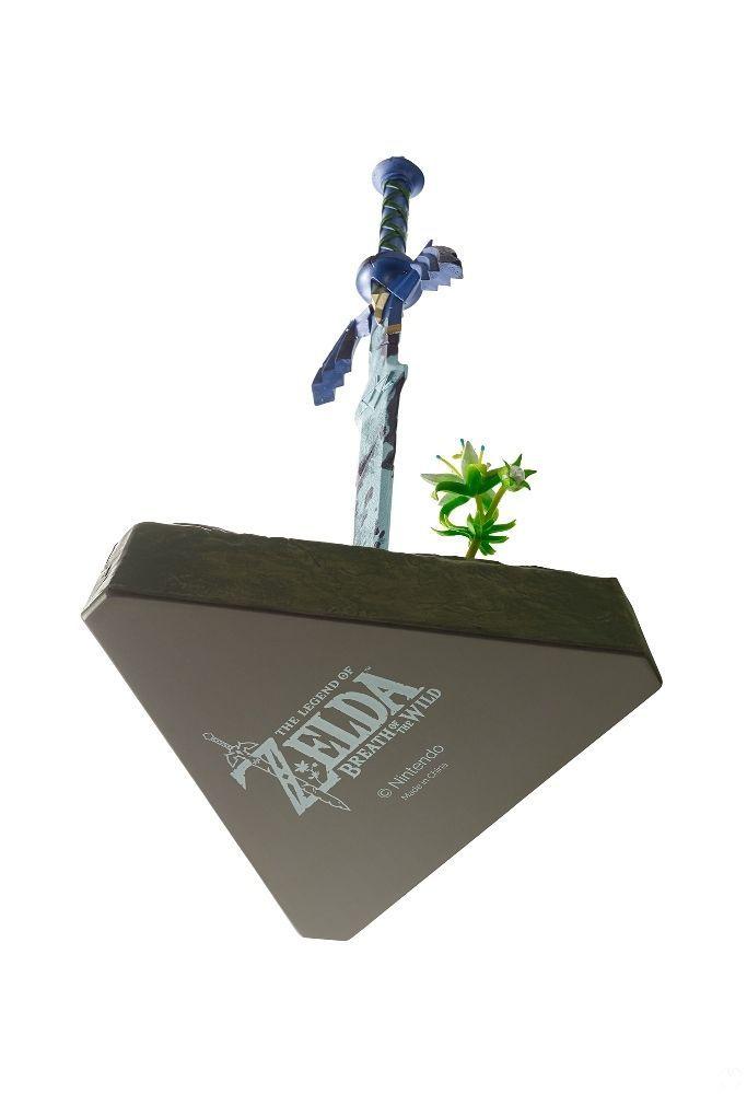 Mira más de cerca la espada maestra de la edición especial de Zelda Breath Of The Wild