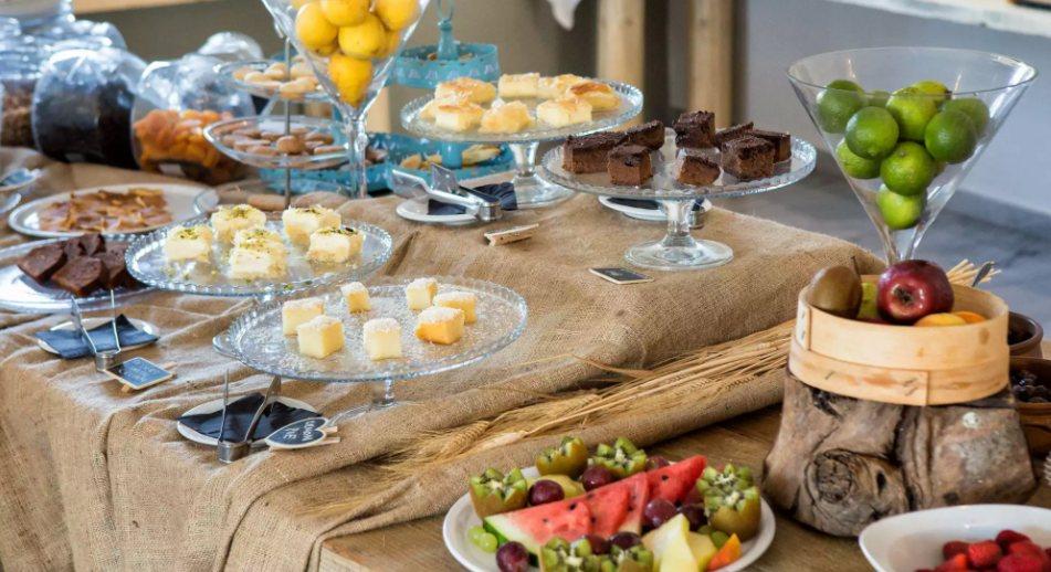 Kaip parengti švedišką stalą?
