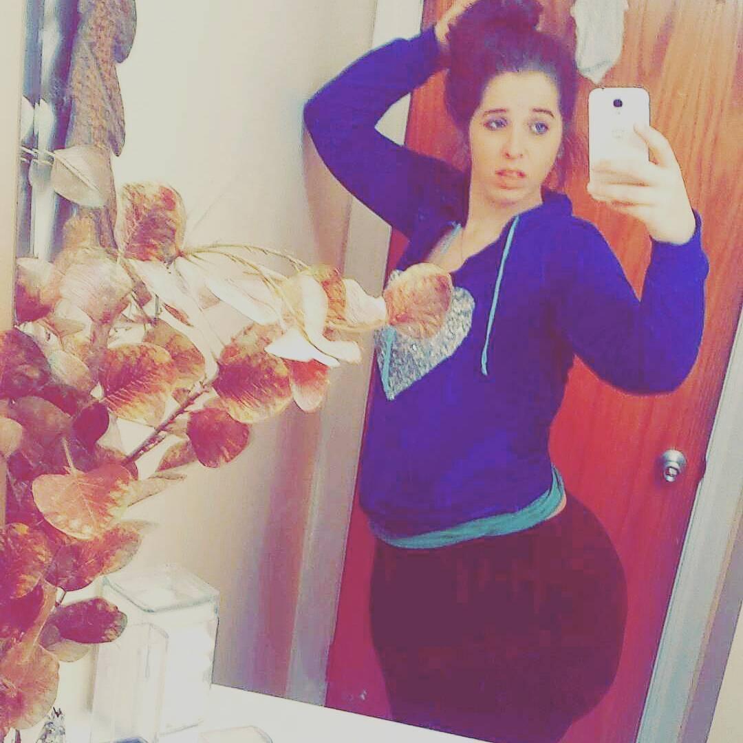 Mulher está fazendo sucesso no Instagram, por conta de seu bumbum gigante