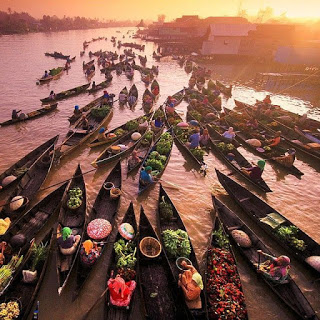 atraksi wisata pasar terapung