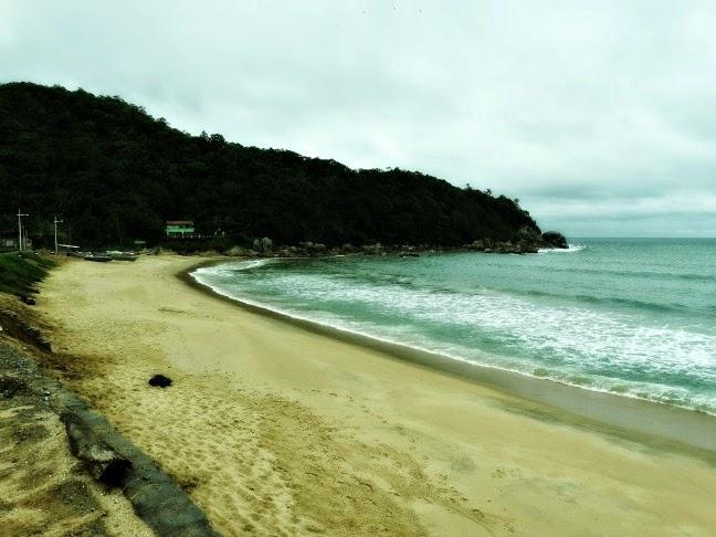 Praia da Ilhota, em Itapema