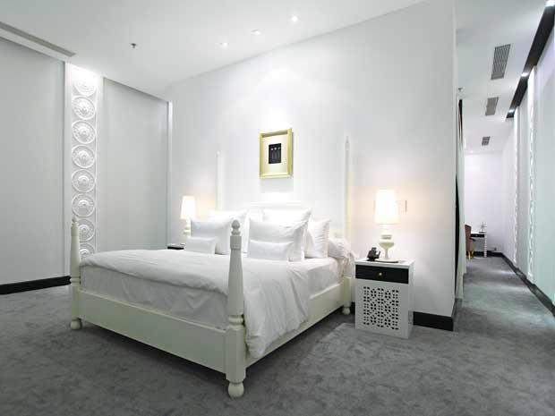 Phòng ngủ trong lâu đài Khải Silk