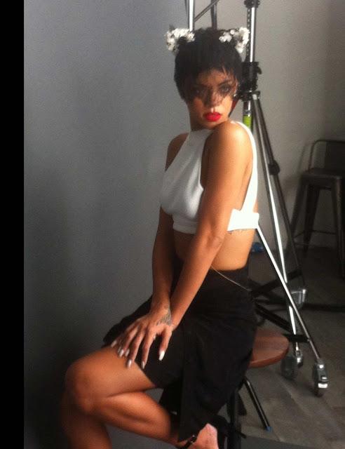 Rihanna Elle Magazine