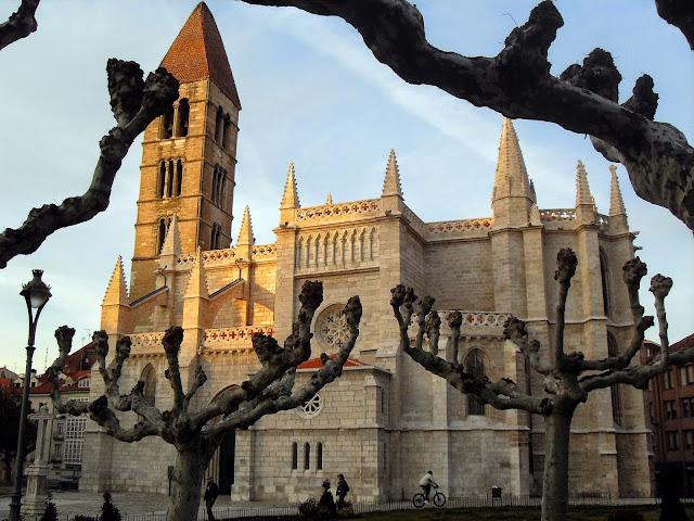 Iglesia Santa María la Antigua en Valladolid