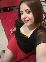 عراقية مقيمة فى استراليا لا اريد غير زوج يبادلنى الحب و الاحترام