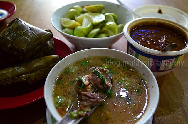 Makassar Famous Food