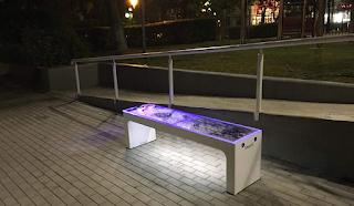 Στην Κηφισιά τα παγκάκια είναι θερμαινόμενα κι έχουν θύρες USB