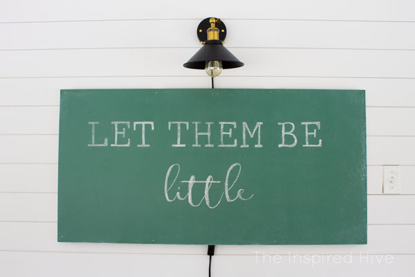 The best school green paint for a vintage chalkboard