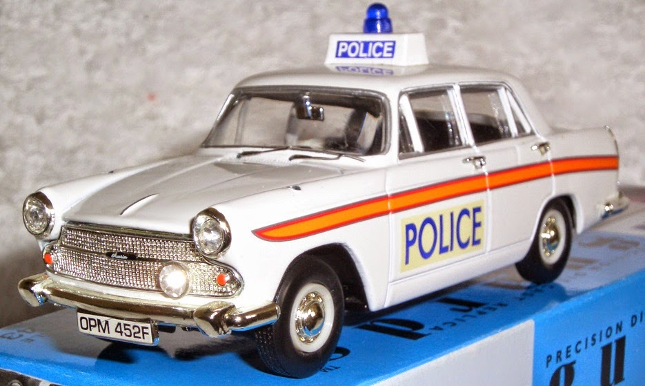 ModelMadnessUK: VANGUARDS - Austin Cambridge Sussex Police