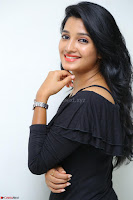 Deepthi Shetty looks super cute in off shoulder top and jeans ~  Exclusive 40.JPG