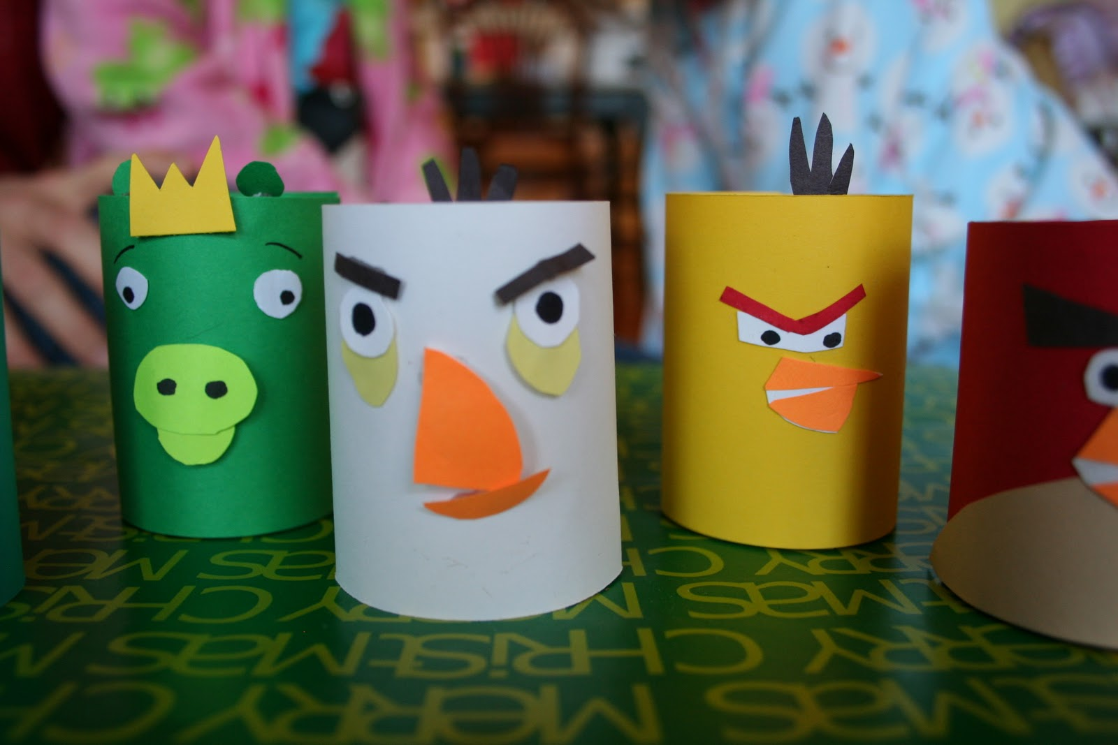 Pink and green mama toilet paper tube craft homemade for Paper roll projects