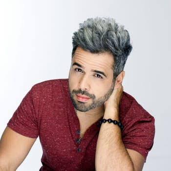 Daniel Santacruz.