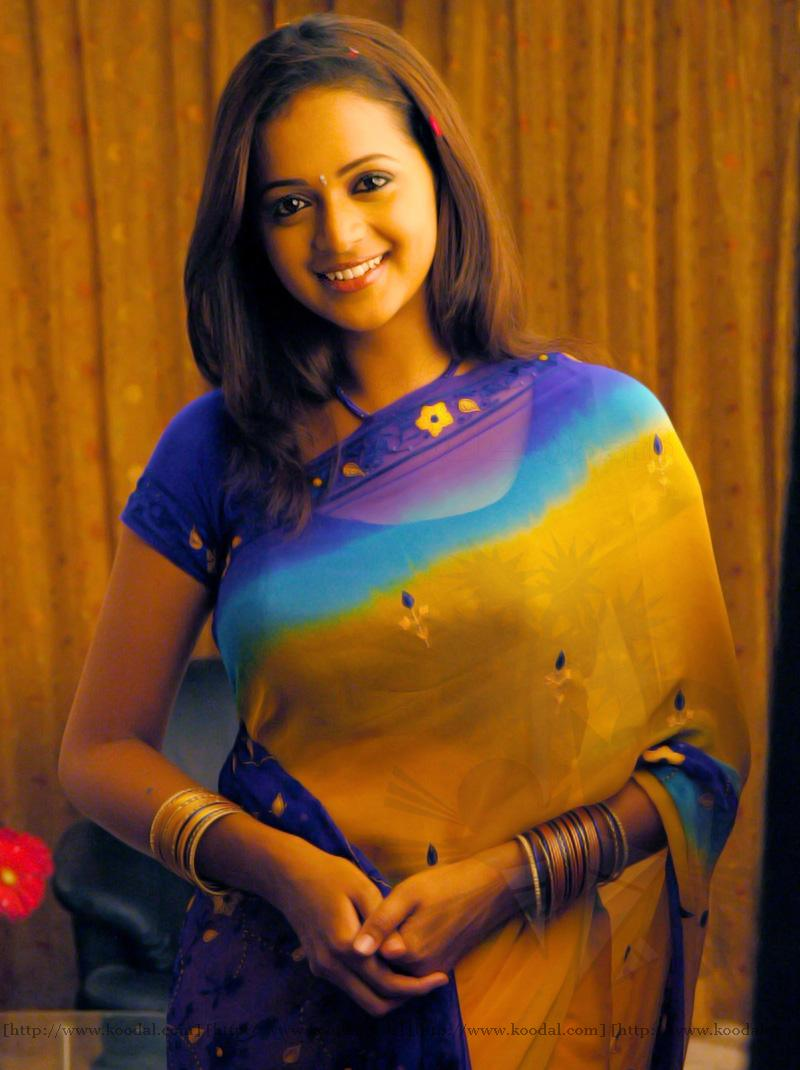 Best 50 bhavana sexy hot photos bikini pictureshd navel boob mallu actress bhavana recent pics while striping her saree for changing clothes showing her juicy navel altavistaventures Image collections