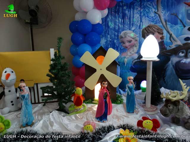Decoração de mesa de aniversário Frozen - Festa temática