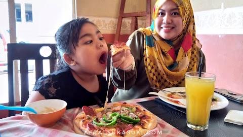 Menu Makanan Itali Di Restoran Me Famiglia, KL