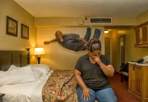 Married Couple Hotel ~ Funny Joke Pictures Funny Hotel