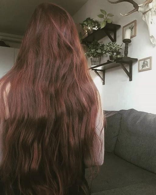 Jak ratować zniszczone włosy bez obcinania?
