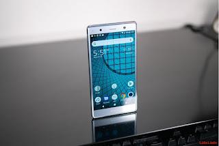 Sony Xperia XZ2 Premium menerima pembaruan Android 9 Pie
