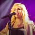 Η Άννα Βίσση κυκλοφορεί το τριπλό άλμπουμ «Hotel Ερμού Live 2015 – 2018»