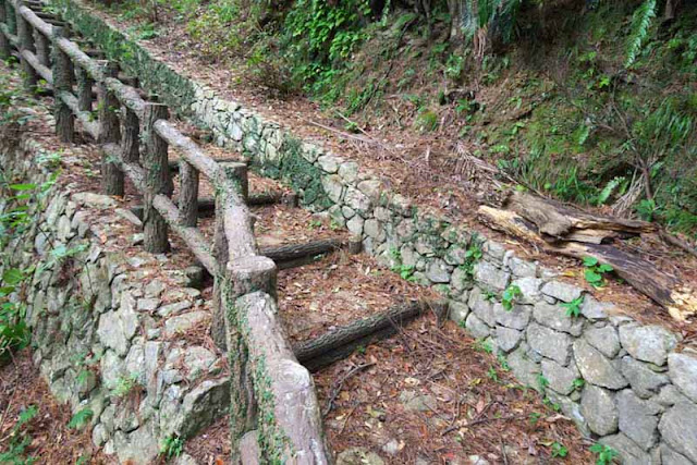 Stone walls, handrails, trail, steps, Saion Park, forest