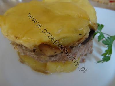 Zapiekanka z ziemniaków i mięsa