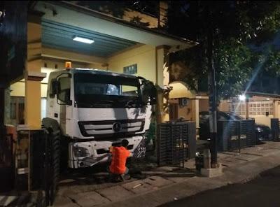 Bolehkah truk container dibawa harian dan diparkir di rumah?