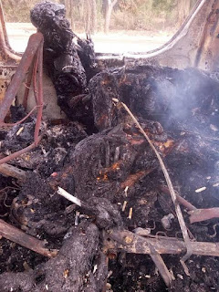 So Sad! Passengers burnt beyond recognition in fatal accident along Enugu expressway (very graphic photo)
