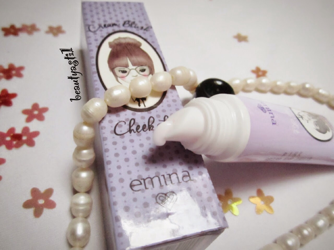 harga-emina-cosmetics-pink-cheek-lit-creamy-blush-on.jpg