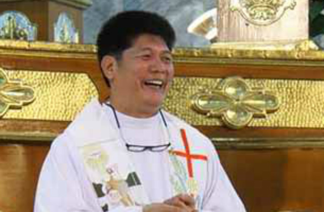 """""""Priest paid her PHP2500 per booking"""" Priest Caught with a 13 Yr Old in A Motel"""