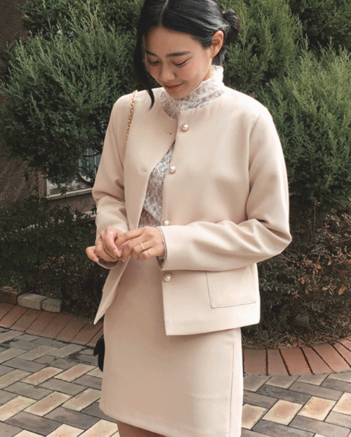 Faux Pearl Button Round Neck Jacket