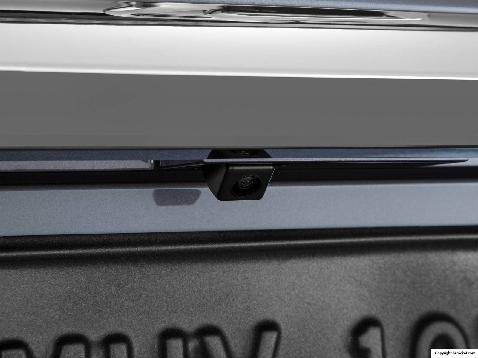 Hệ thống camera được lắp đầy đủ xung quanh xe