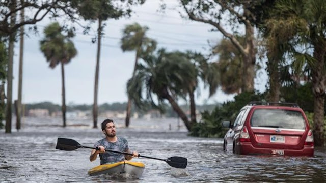 Floridians return to storm-battered homes as Irma flooding spreads