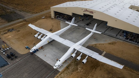 World's largest aircraft unveiled