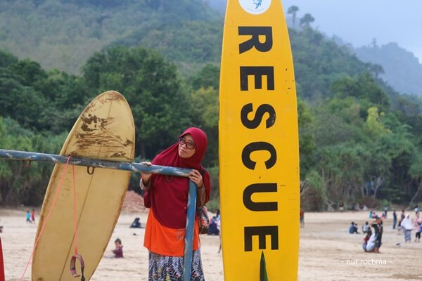 papan surfing