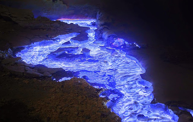 Spectacular Neon Blue Lava Pours From Indonesia's Kawah Ijen Volcano