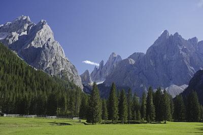Die monumentale Schönheit der Südtiroler Dolomiten