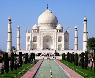 http://bharatviajes.com/viajes-a-india/viajes-en-privado/item/280-viaje_fin_año_norte_india_benares.html
