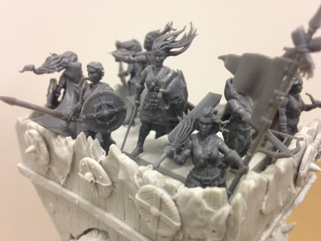 Shieldwolf Miniatures: Plastic Fantasy Shieldmaidens and Rangers War Mammooth